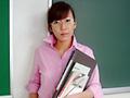 淫尿女教師